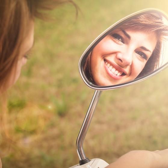 いつまでもキレイでいたい!「ほうれい線」が深くなる原因と美肌ケア