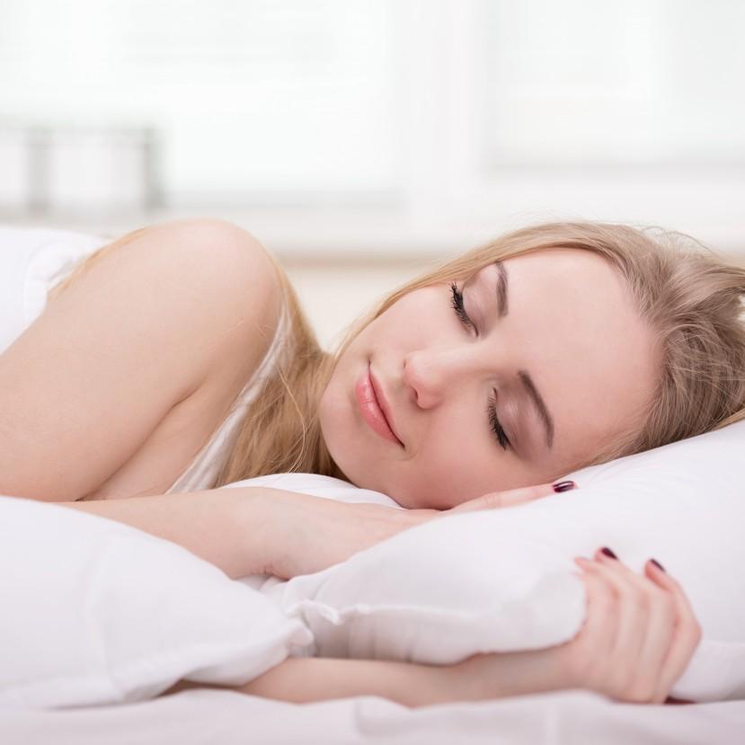 """寝ている間に""""綺麗""""を作る!「睡眠時」女子力アップ法8つ"""