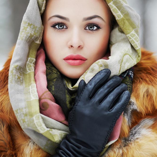冬こそ!健康的な「血色メイク」でモテ顔を作ろう
