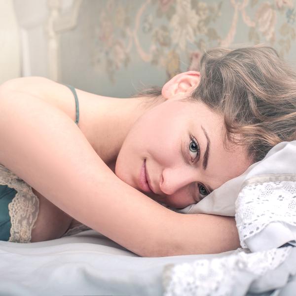 """「家で過ごす夜」をリラックスして""""幸せ""""にするための最高のアイデア"""