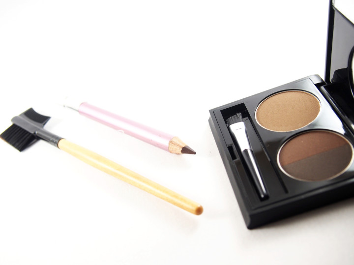 Eyebrow makeup accessories, light and dark brown powder