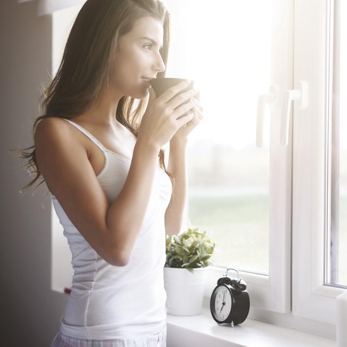 """目覚め""""スッキリ""""!朝に「エネルギーを感じる」5つの習慣"""