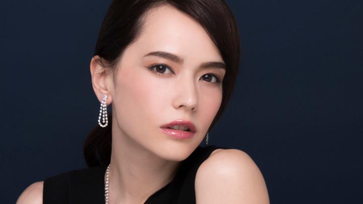 日本女性の「美しい瞳」をより際立たせる