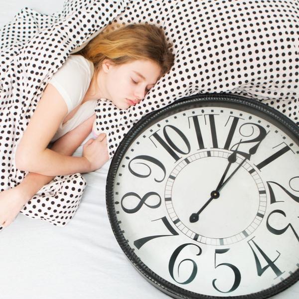 どうして?女性は男性よりも「多く眠らない」といけないの?
