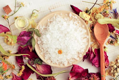 Herbal aroma bath salt blend