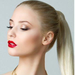 beauty-portrait-of-gorgeous-blonde-woman-with-ponytail-picture-id468004727