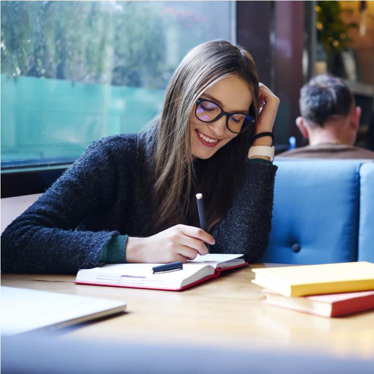 毎日が充実!人生を豊かにしてくれるのは「書く習慣」だった!