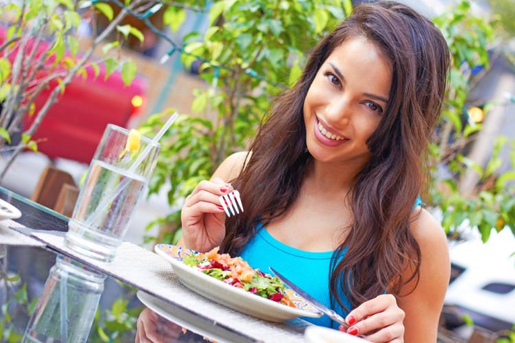 五感を意識した食事で心身ともに満たされよう