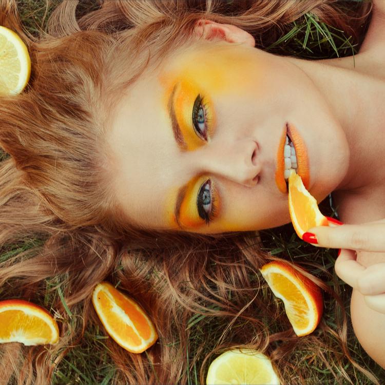 今「オレンジメイク」がアツイ!オレンジを使うメリット&最新おすすめアイテムをチェック♡