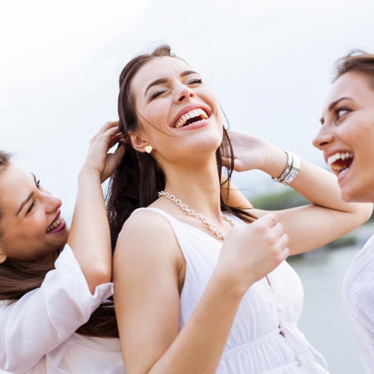 友活で毎日充実!20代後半から意識したい女友達の増やし方
