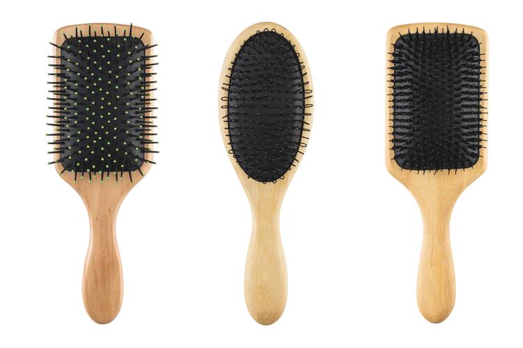 髪の毛にやさしいブラシを選ぼう