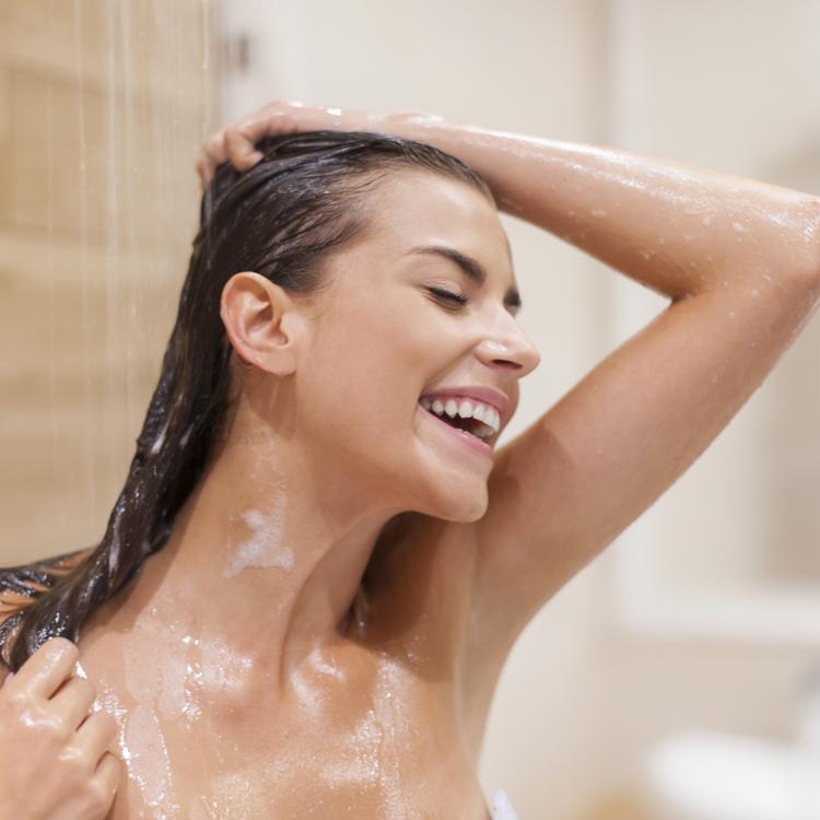 夏のシャワーはリンパを意識して浴びよう!シャワーの浴び方講座