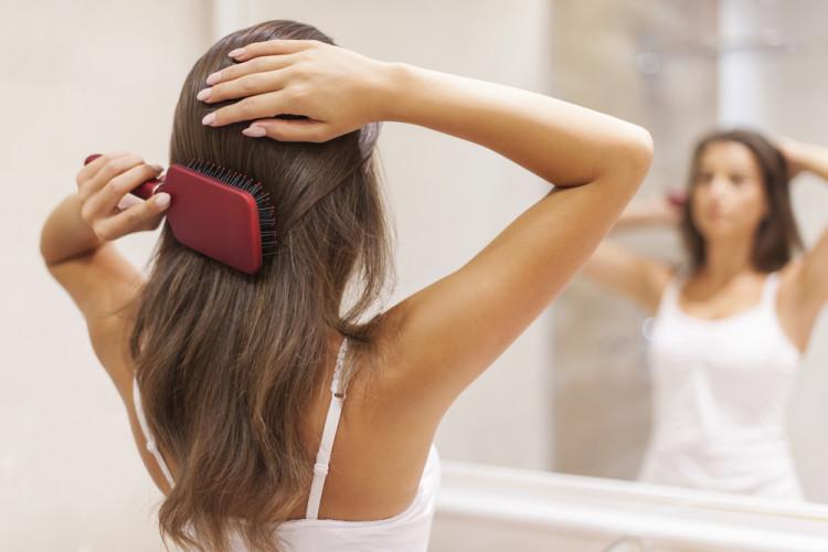 髪の毛に注意