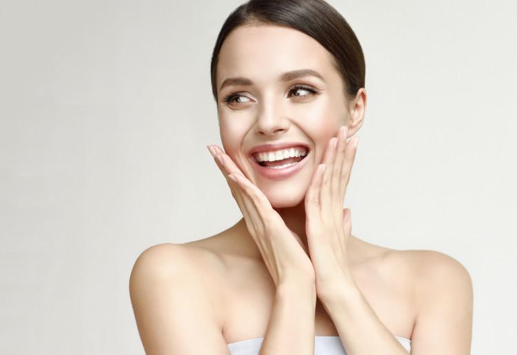 エイジング対策ができる化粧品を選ぶ