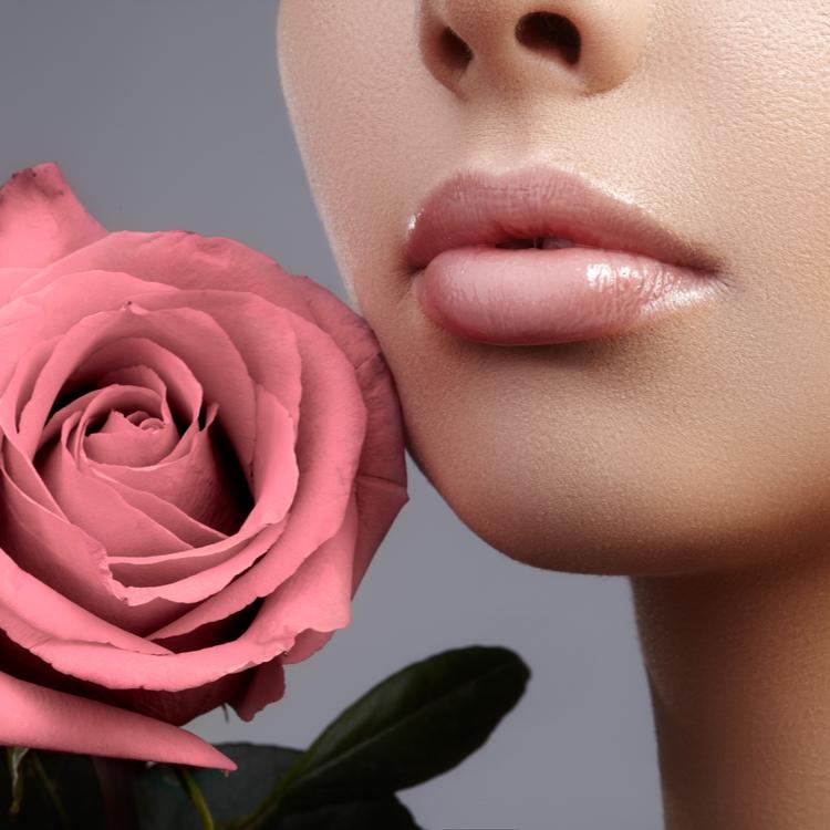 カサカサ唇は卒業!つやつやふっくらを叶える本気のリップケア♡