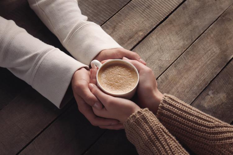 冷え性さんは、手を温めましょう