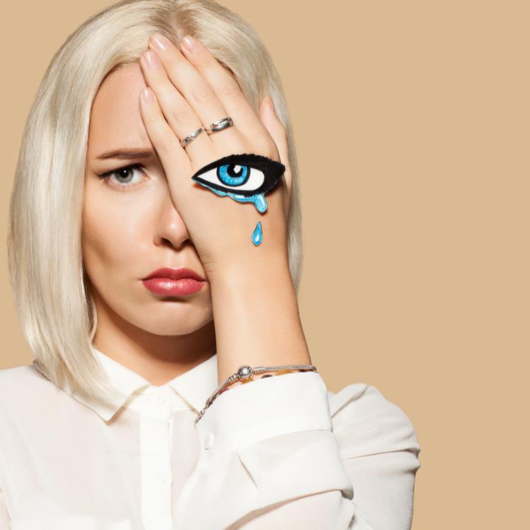 「目もと以外」の肌年齢と「目もと」の肌年齢の差がすごい…!過去の私がしなかったこと、したこととは?【30代のリアル美容#3】