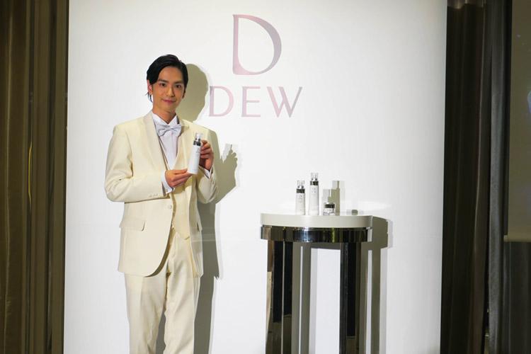 キャンペーンサポーター:2.5次元俳優 黒羽 麻璃央さん