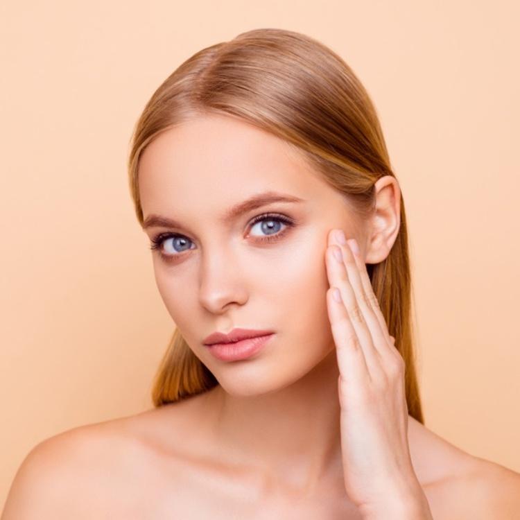 【乾燥肌、敏感肌は必見!】季節の変わり目の不調に試したいスキンケアテク3選