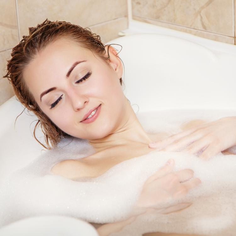 湯船で心と体をほぐそう!心地よく浸かれるおすすめ入浴剤
