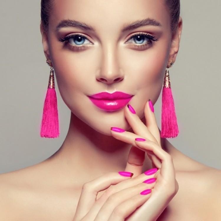 デートの日は「ピンク」