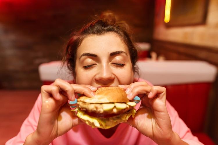 食欲を増進