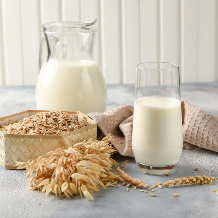 オートミルクには糖質が少なく、繊維が豊富!?日本でもブームの予感!?