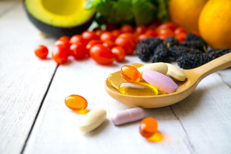 爪を健康に保つための栄養素とは?