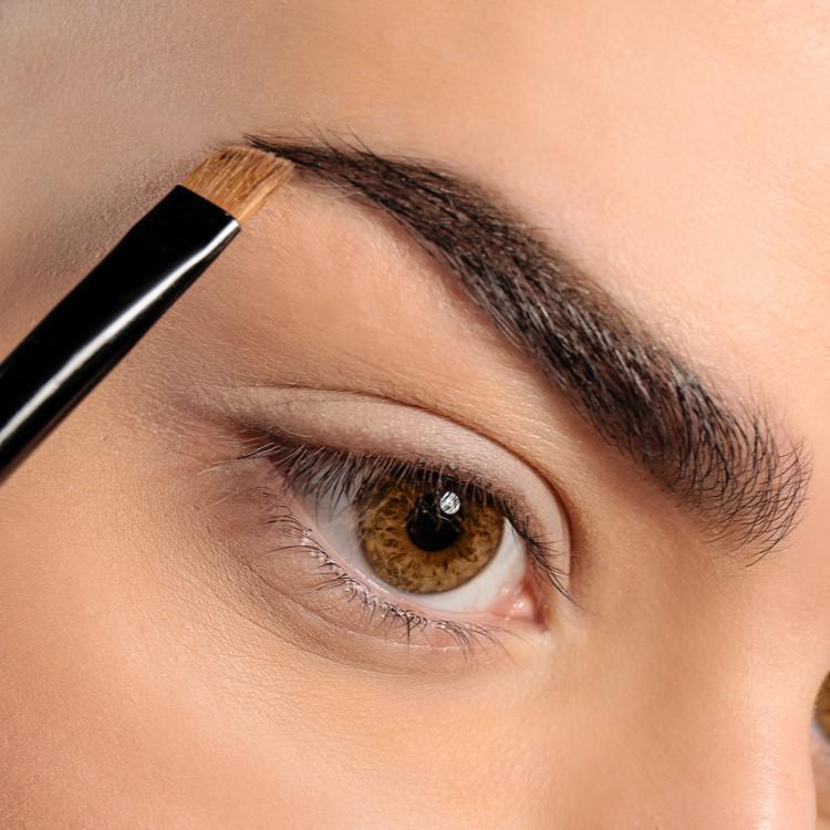 眉毛は眉山を作って書く
