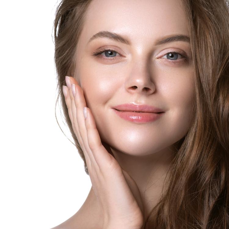"""美肌の基本は保湿にあり!化粧品の""""3大保湿成分""""セラミド、ヒアルロン酸、コラーゲンの効果とは"""