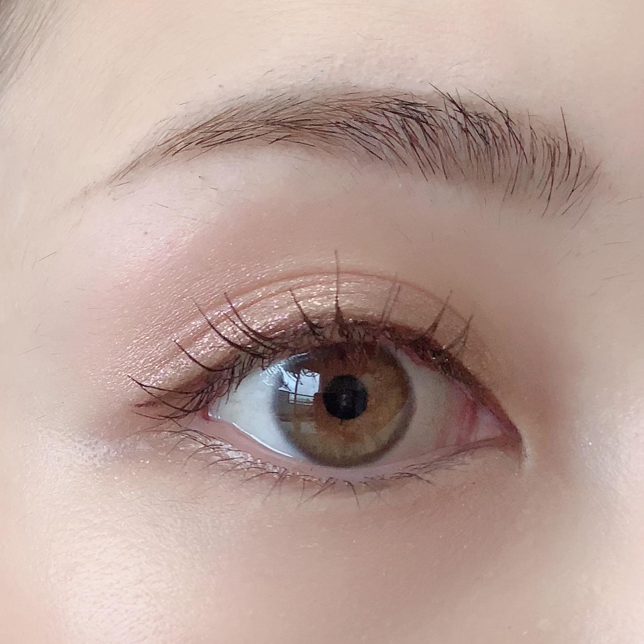 濃い眉さん必見!ふんわり柔らかそうな眉を演出する方法