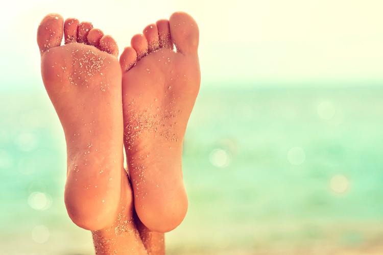 靴ズレ防止アイテムでつや足美人へ
