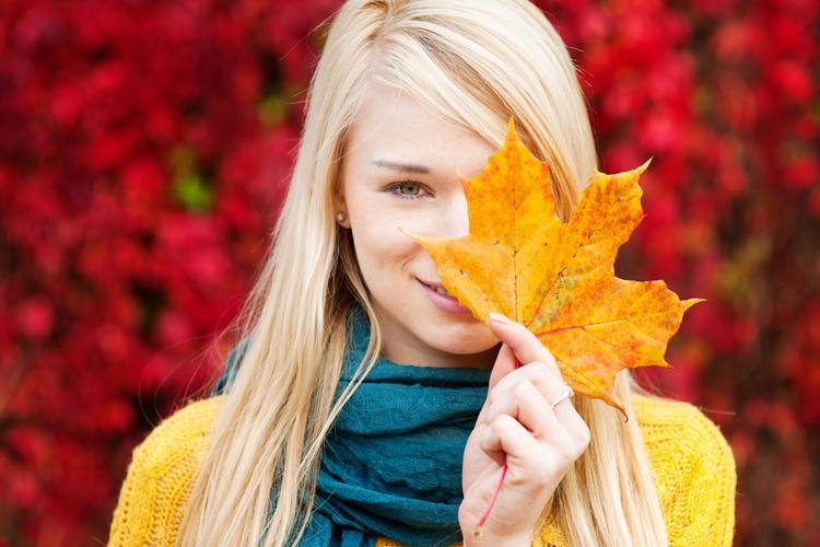 秋の艶メイク