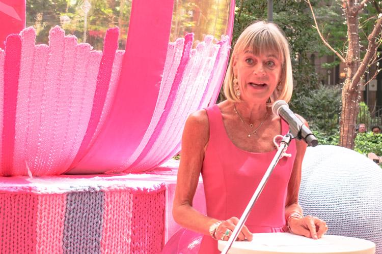 エスティ ローダー グループ 2019 乳がんキャンペーン