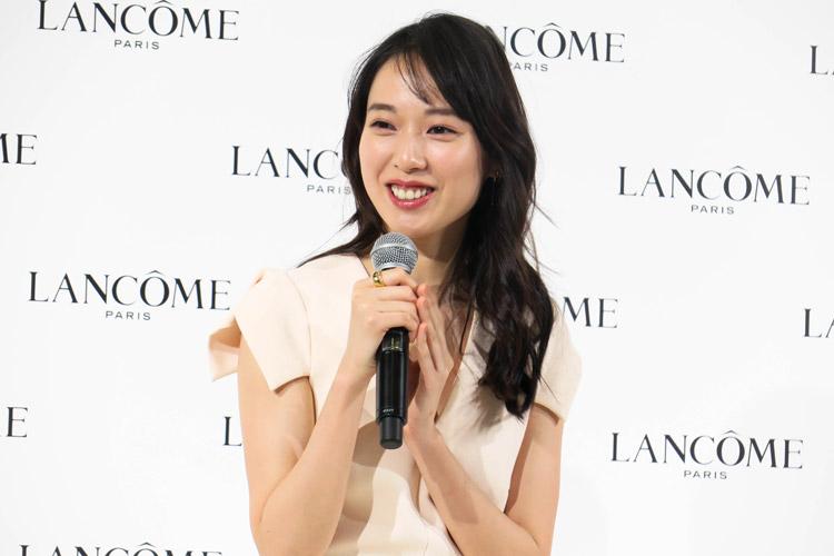 日本初のランコム ミューズ・戸田恵梨香さん