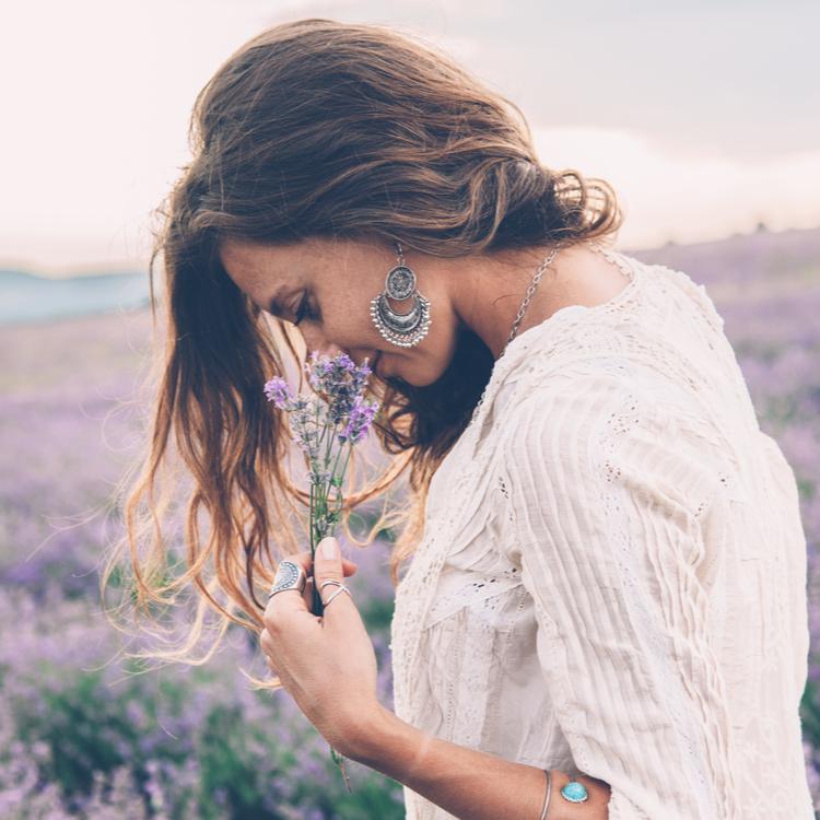 ずぼら美容でキレイになる!ナチュラルな美しさを引き出す「美肌菌」って?