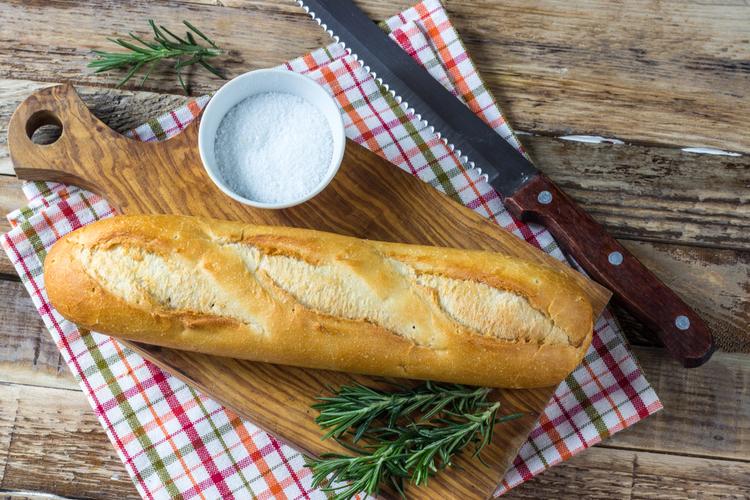 やわらかいパンより「硬めのパン」を選ぶ