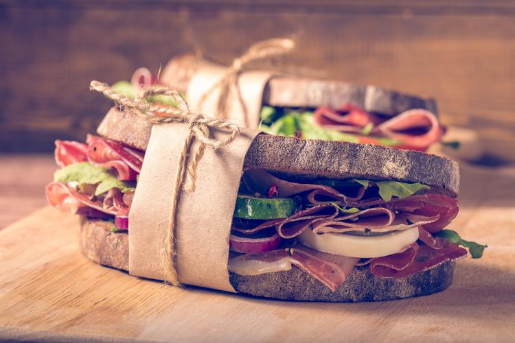 具はタンパク質や野菜の多いものを選ぶ