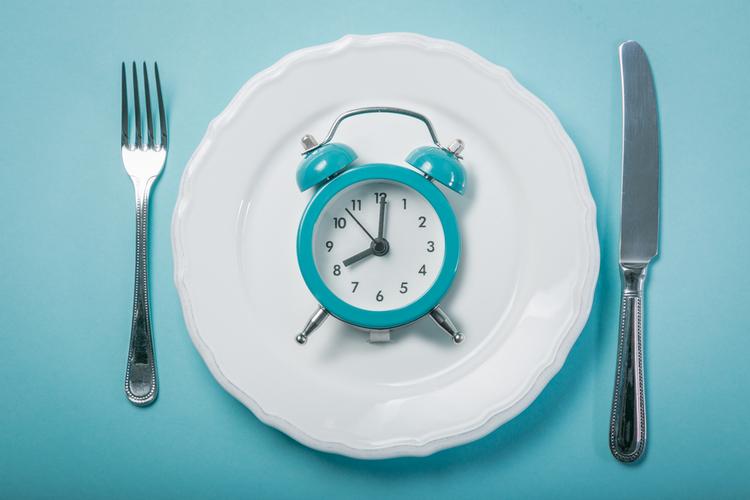 断食初心者でも取り組みやすい「半日ファスティング」