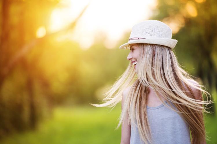 髪や頭皮を紫外線から守るためには