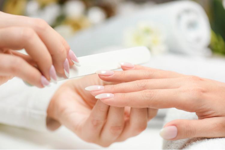 自宅でできる爪の乾燥を防ぐケア方法