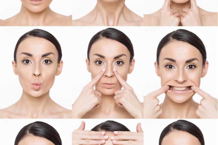 ほうれい線を薄くする顔体操