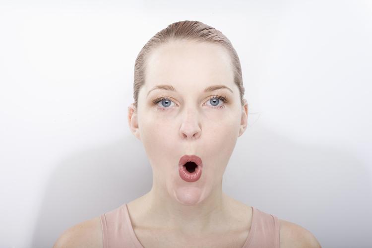 表情筋を鍛える体操(2)