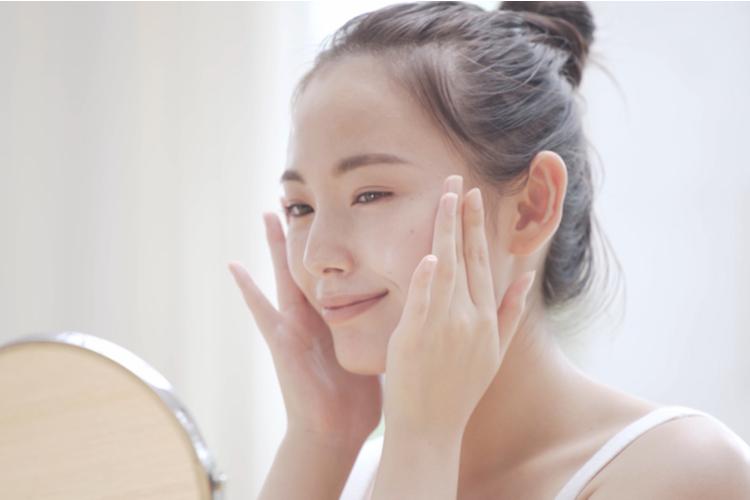 年齢とともに肌の乾燥が気になっていませんか?
