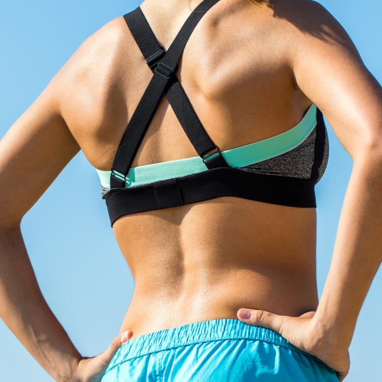 背中の脂肪を落とす「背中痩せエクササイズ」