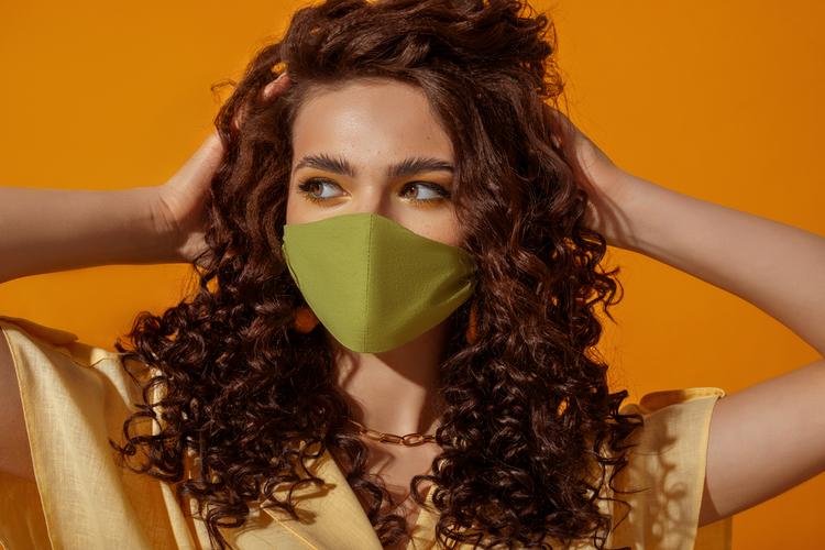 肌荒れしないマスクの条件とは