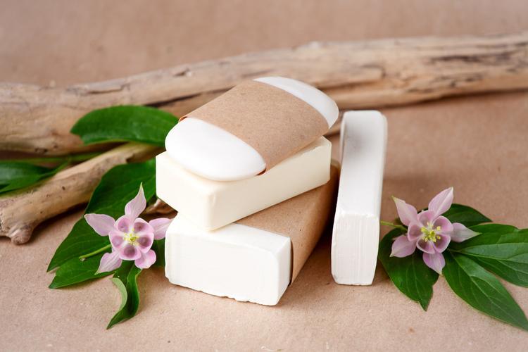 固形石鹸での洗顔の魅力を解説