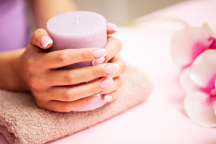 爪美容液で素爪の美しさをアップ