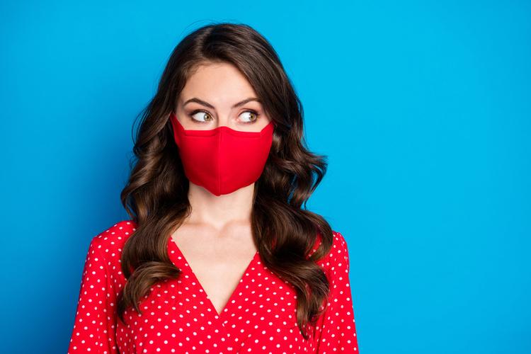 イチゴ鼻を悪化させないマスクの付け方とは