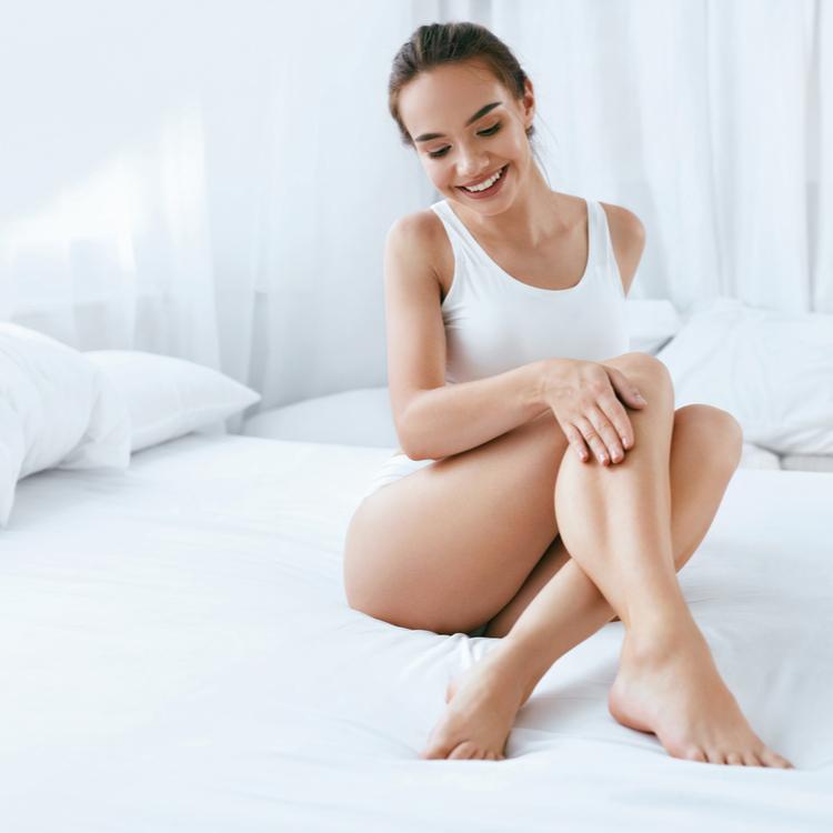 夏なのに身体が乾燥する…セラミド不足が原因かも!セラミド配合ボディケアアイテムで全身うるつや美肌へ